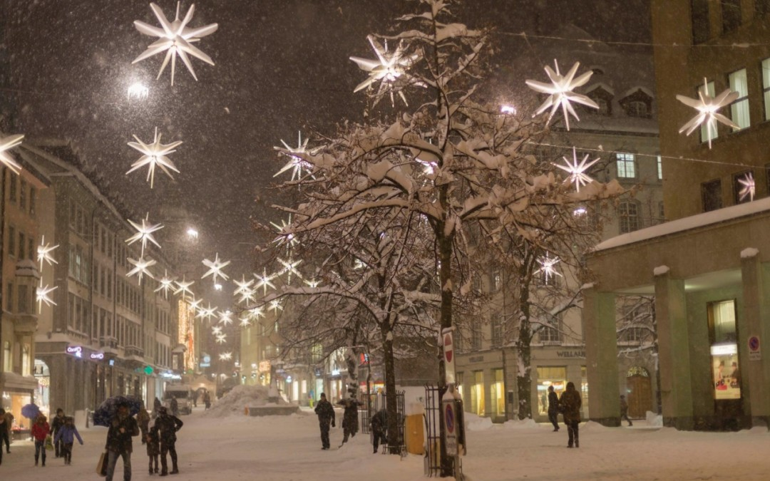 El encendido de luces sumerge la provincia en Navidad