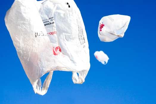 Se aplaza el proyecto del cobro de bolsas de plástico