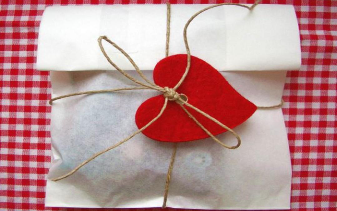 Si quieres regalar en San Valentín, compra en tu ciudad