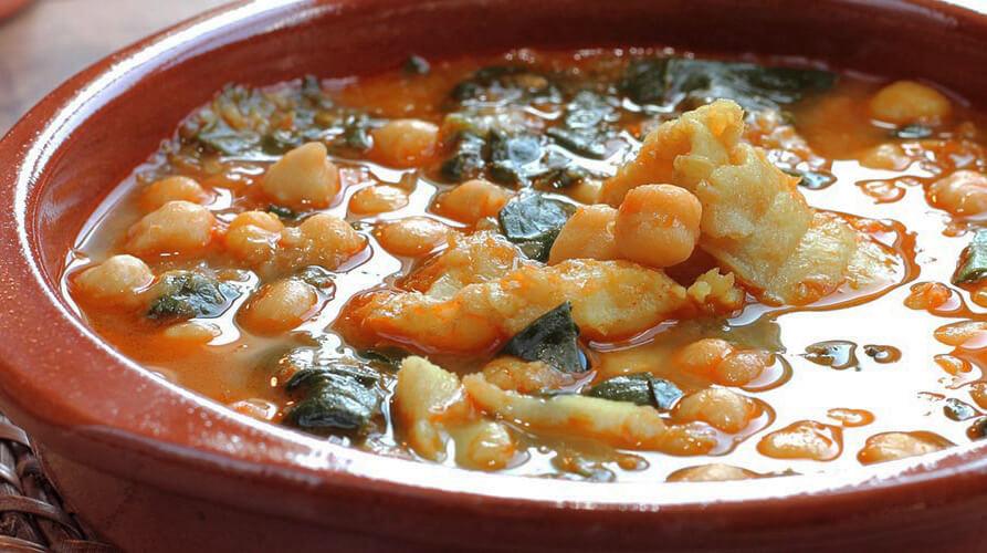 León: procesiones y gastronomía